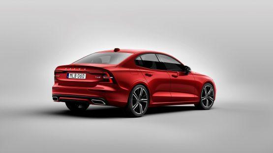 230892_New_Volvo_S60_R-Design_exterior