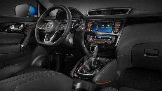Nueva-Nissan-Qashqai-Diseno-tablero.jpg.ximg.l_full_m.smart